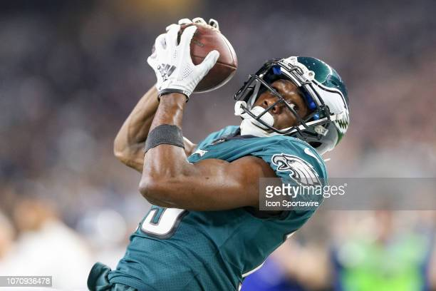 Philadelphia Eagles Wide Receiver Nelson Agholor makes an over the shoulder catch during the game between the Philadelphia Eagles and Dallas Cowboys...