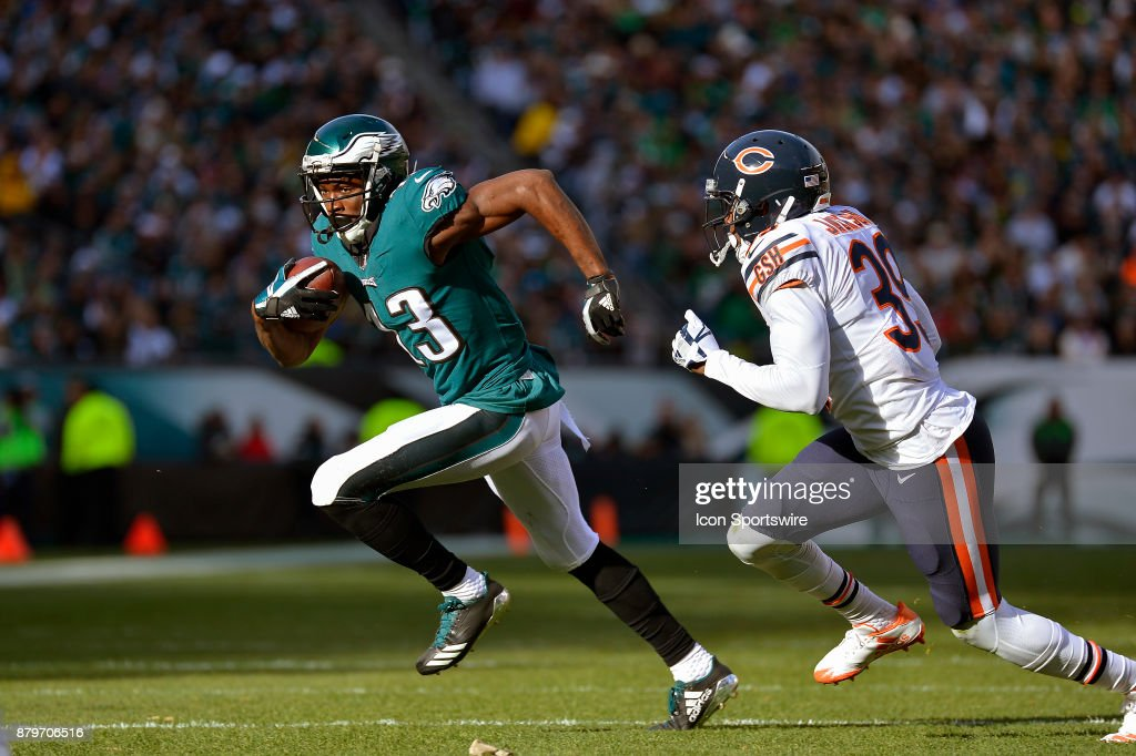 1449c65b6 Philadelphia Eagles wide receiver Nelson Agholor (13) sprints past Chicago  Bears free safety Eddie Nike ...