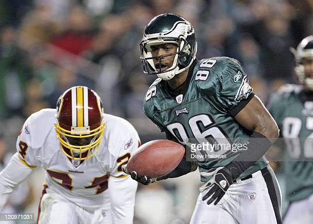 Philadelphia Eagles wide receiver Reggie Brown goes into the end-zone for his second touchdown of the first half versus Washington, Jan. 1, 2006 at...
