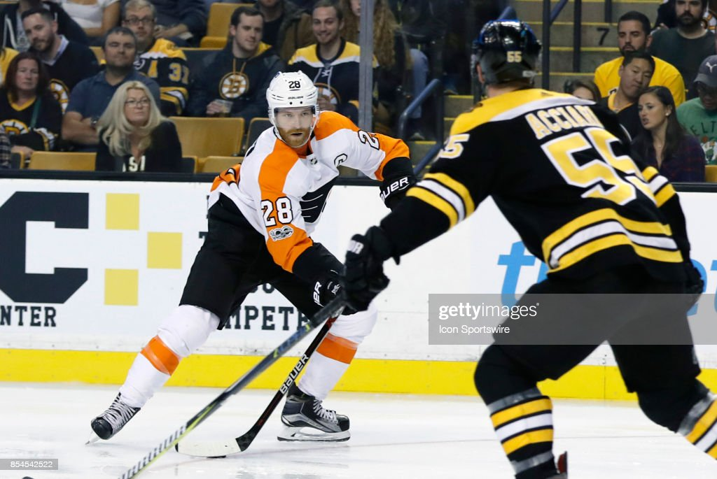 NHL: SEP 21 Preseason - Flyers at Bruins : News Photo