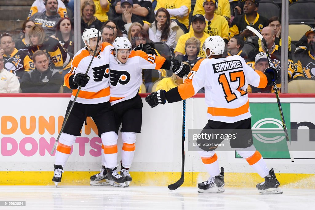NHL: APR 13 Stanley Cup Playoffs First Round Game 2 - Flyers at Penguins : News Photo