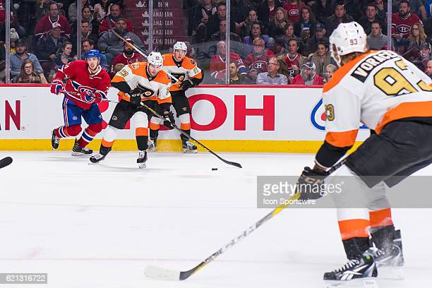 Philadelphia Flyers Defenceman Brandon Manning passing the puck to Philadelphia Flyers Right Wing Jakub Voracek during the Philadelphia Flyers versus...