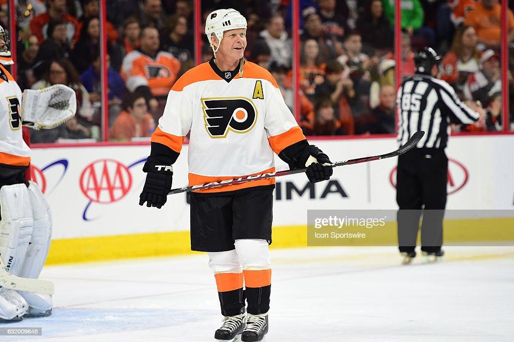 NHL: JAN 14 Penguins at Flyers Alumni Game : News Photo