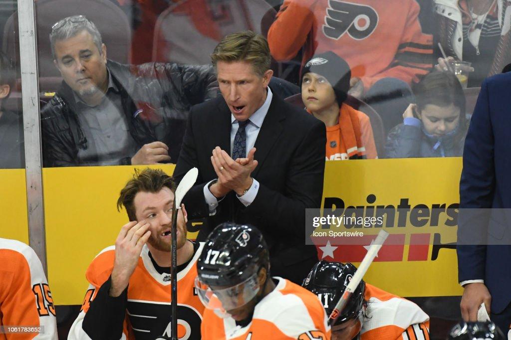 NHL: NOV 13 Panthers at Flyers : News Photo