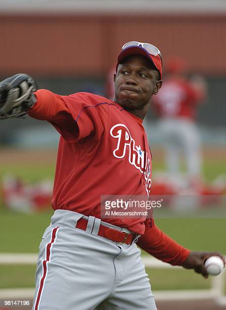 Philadelphia Phillies outfielder Kenny Lofton warms up during spring training February 24 2005 in Clearwater Florida