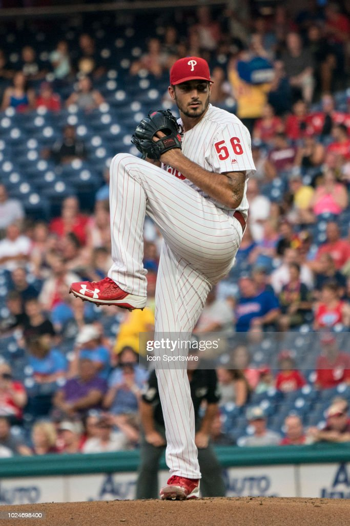 Philadelphia Phillies Pitcher Zach Eflin delivers a pitch during the... Photo d'actualité ...