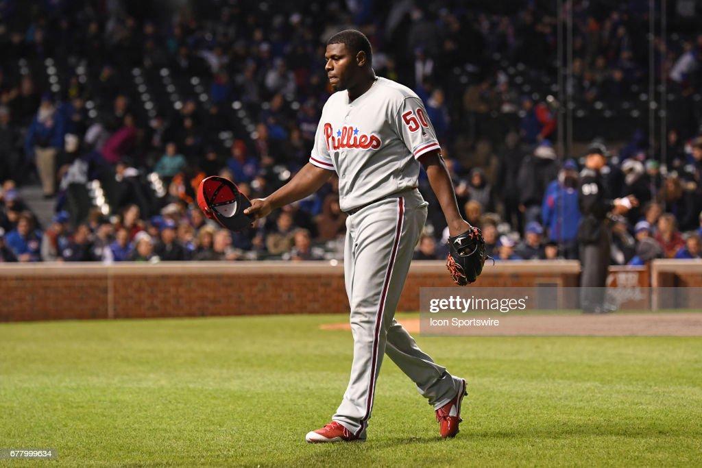 MLB: MAY 02 Phillies at Cubs : News Photo