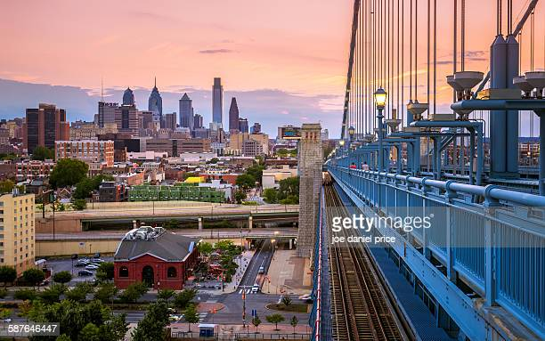 philadelphia skyline from benjamin franklin bridge - philadelphia pennsylvania stock pictures, royalty-free photos & images