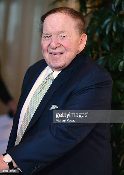 Philanthropist Sheldon Adelson arrives at the Jewish Life Foundation's Salute To Hollywood Gala Benefiting Holocaust Educational Programming In...