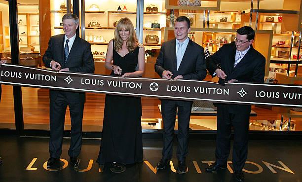 Fotos Und Bilder Von New Louis Vuitton Store Opens At Chadstone