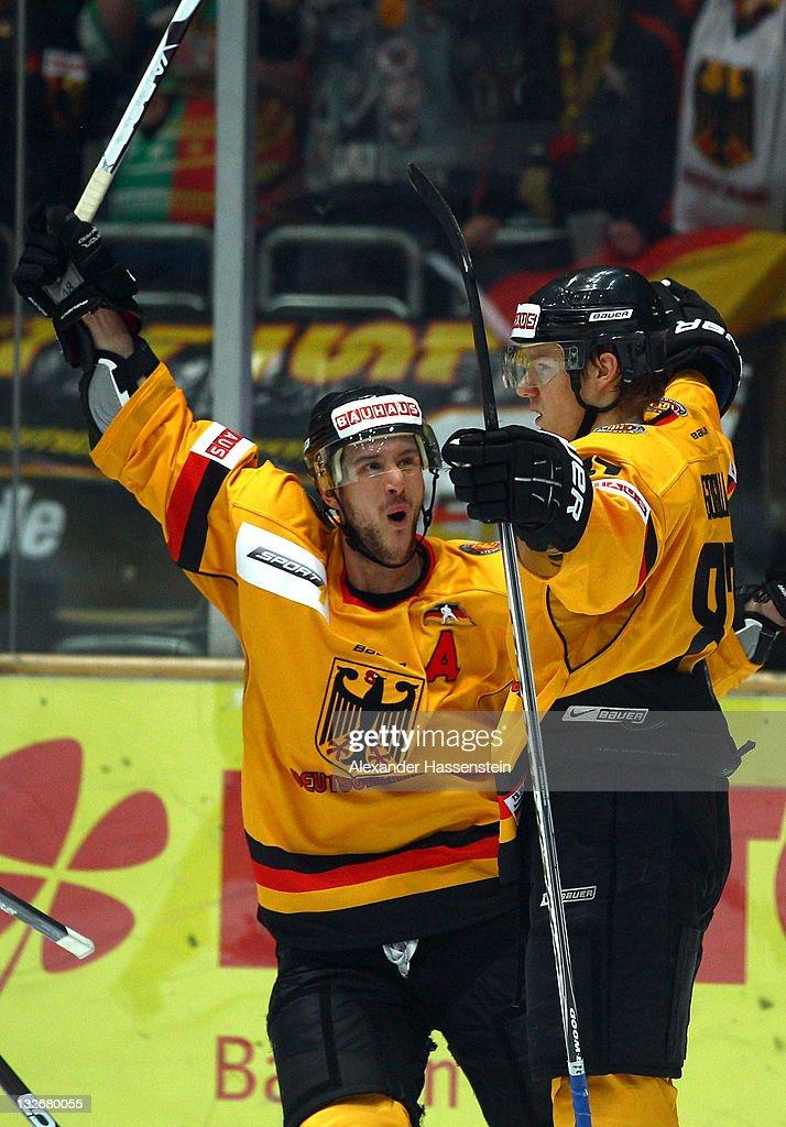 USA v Germany - German Ice Hockey Cup 2011