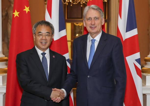 GBR: U.K.'s Hammond Hails Start of London-Shanghai Stock Connect