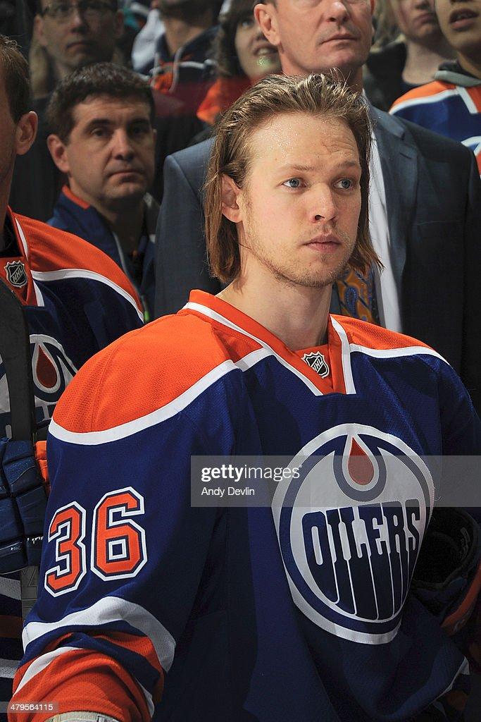 New York Islanders v Edmonton Oilers