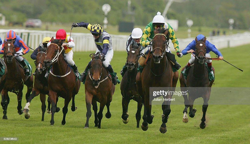 The Juddmonte Lockinge Stakes : News Photo