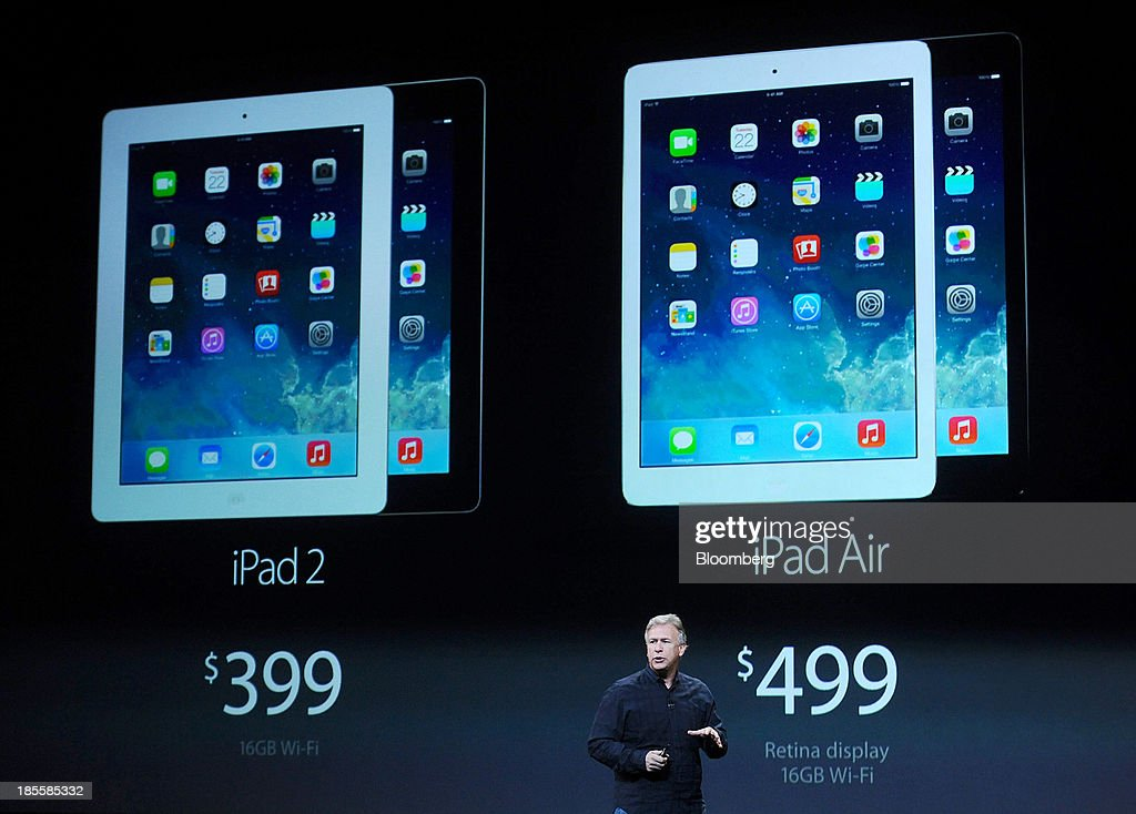 Philip Schiller, senior vice president of worldwide marketing at Apple Inc., speaks about the new iPad Air during a press event at the Yerba Buena Center in San Francisco, California, U.S., on Tuesday, Oct. 22, 2013. Apple Inc. introduced new iPads in time for holiday shoppers, as it battles to stay ahead of rivals in the increasingly crowded market for tablet computers. Photographer: Noah Berger/Bloomberg via Getty Images