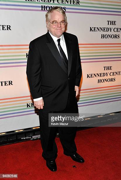 Philip Seymour Hoffman attends the 32nd Kennedy Center Honors at Kennedy Center Hall of States on December 6 2009 in Washington DC