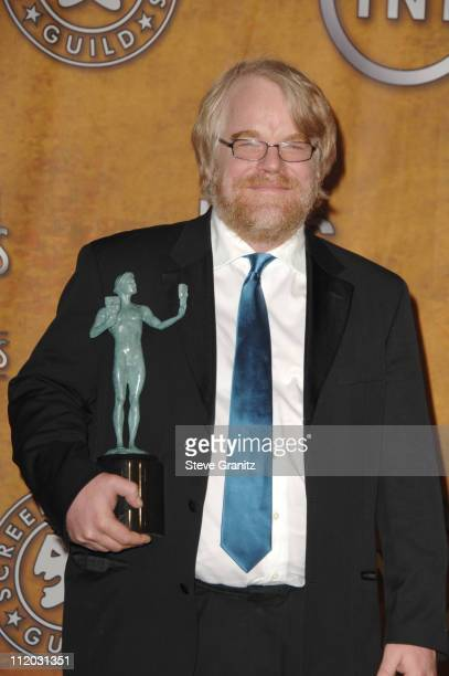 Philip Seymour Hoffman winner of Outstanding Performance by a Male Actor in a Leading Role for Capote 10613_sg842jpg