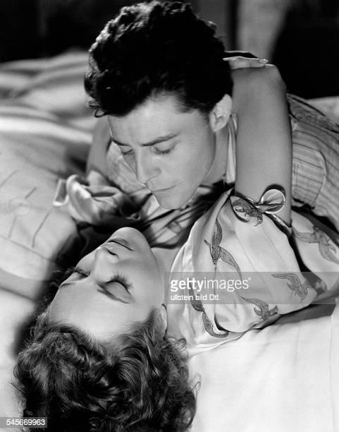 Philipe, Gérard *-+Schauspieler, Frankreich- in einer Szene des Films 'Teufel im Leib',Regie: Claude Autant-Lara, F- 1946/47