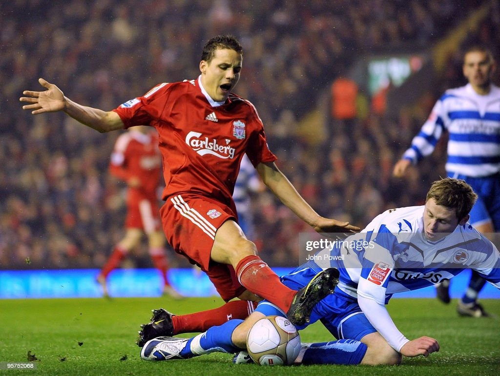 Liverpool v Reading - FA Cup 3rd Round Replay : News Photo