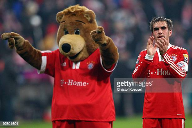 Philipp Lahm of Bayern celebrates the 20 victory after the Bundesliga match between Bayern Muenchen and 1899 Hoffenheim at the Allianz Arena on...