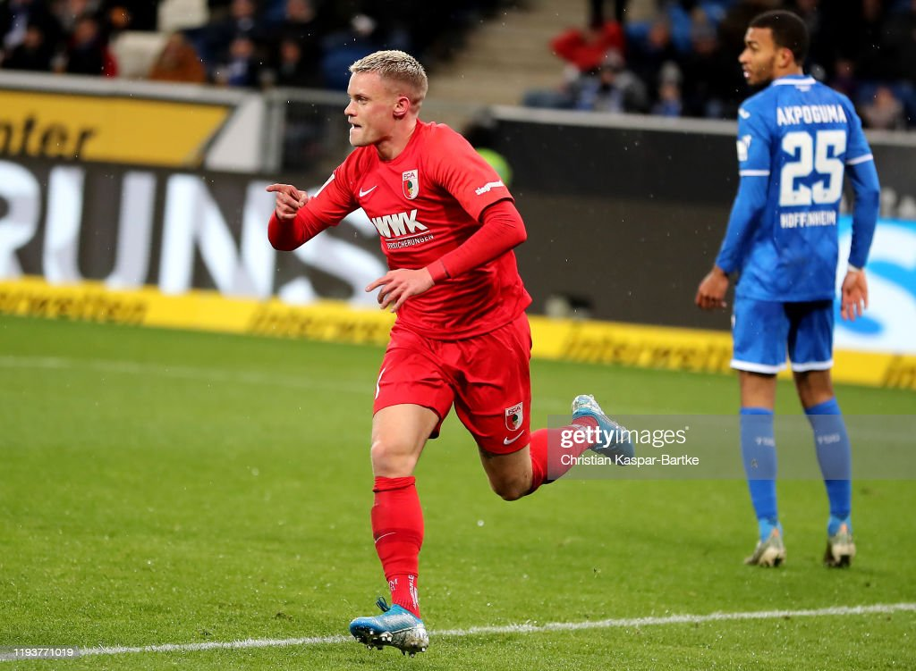TSG 1899 Hoffenheim v FC Augsburg - Bundesliga : ニュース写真