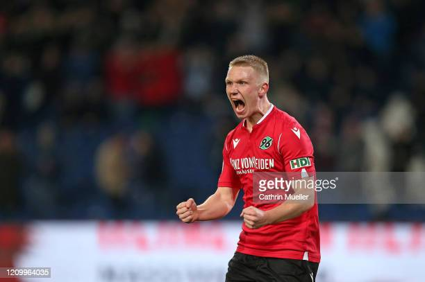 Philipp Ochs of Hannover 96 celebrates after scoring a goal during the Second Bundesliga match between Hannover 96 and Holstein Kiel at HDI-Arena on...