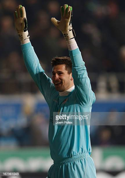 Philipp Tschauner of St Pauli celebrates after the Second Bundesliga match between 1 FC St Pauli and FSV Frankfurt 1899 at Millerntor Stadium on...