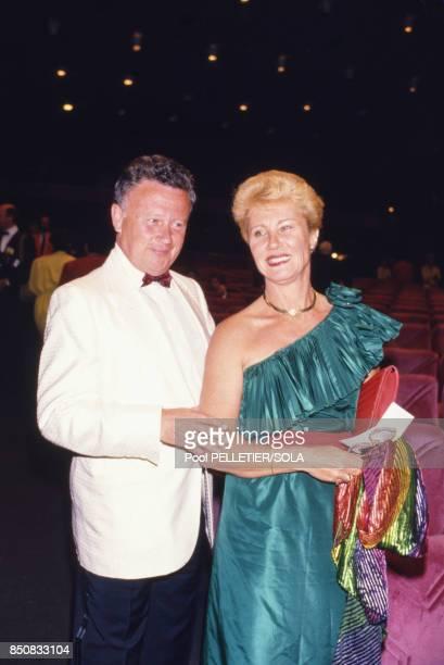 Philippe Bouvard et sa femme Colette lors de la soirée d'ouverture soirée du Festival de Cannes en mai 1986 France