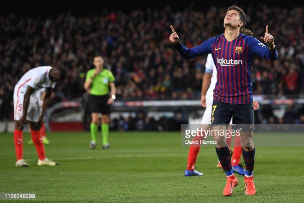 Philippe Coutinho of Barcelona celebrates scoring his sides third goal during the Copa del Rey Quarter Final second leg match between FC Barcelona...