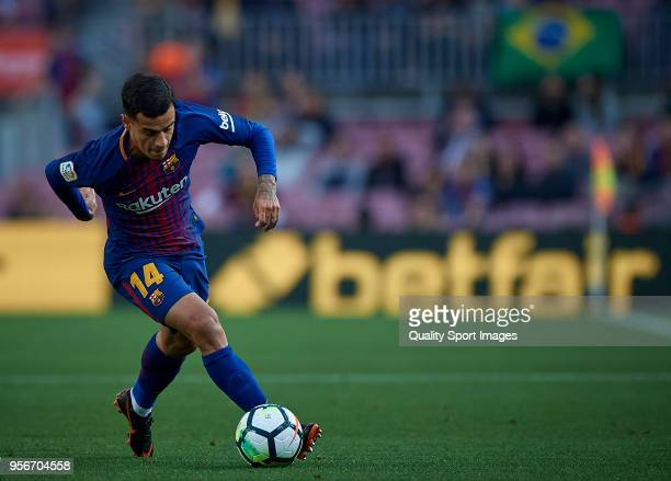 Philippe Coutinho of Barcelona in action during the La Liga match between Barcelona and Villarreal at Camp Nou on May 9 2018 in Barcelona Spain
