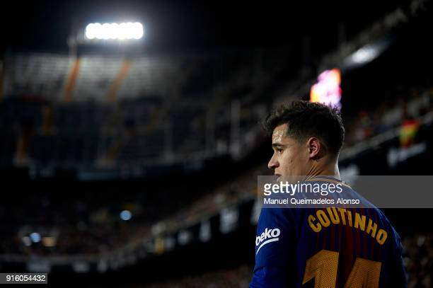 Philippe Coutinho of Barcelona looks on during the Copa del Rey semifinal second leg match between Valencia and Barcelona on February 8 2018 in...