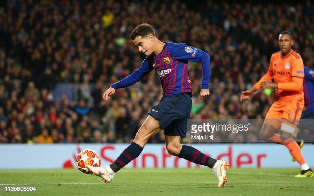 Philippe Coutinho of Barcelona misses a chance during the UEFA Champions League Round of 16 Second Leg match between FC Barcelona and Olympique...