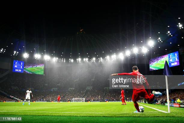 Philippe Coutinho of Bayern Munich takes a corner during the UEFA Champions League group B match between Tottenham Hotspur and Bayern Muenchen at...