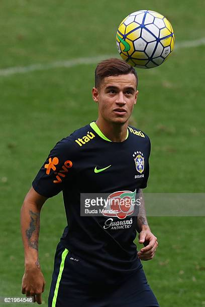 Philippe Coutinho of Brazil controls the ball during a training session at Mineirao Stadium on November 9 2016 in Belo Horizonte Brazil