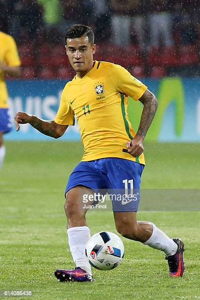 Philippe Coutinho of Brazil plays the ball during a match between Venezuela and Brazil as part of FIFA 2018 World Cup Qualifiers at Metropolitano...