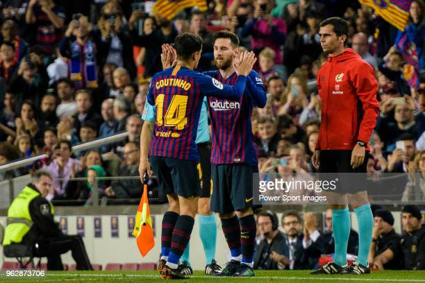 Philippe Coutinho of FC Barcelona and Lionel Messi of FC Barcelona during the La Liga match between Barcelona and Real Sociedad at Camp Nou on May 20...