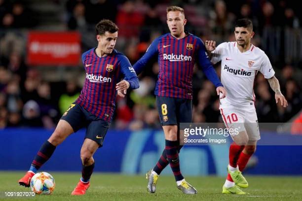 Philippe Coutinho of FC Barcelona Arthur of FC Barcelona Ever Banega of Sevilla FC during the Spanish Copa del Rey match between FC Barcelona v...