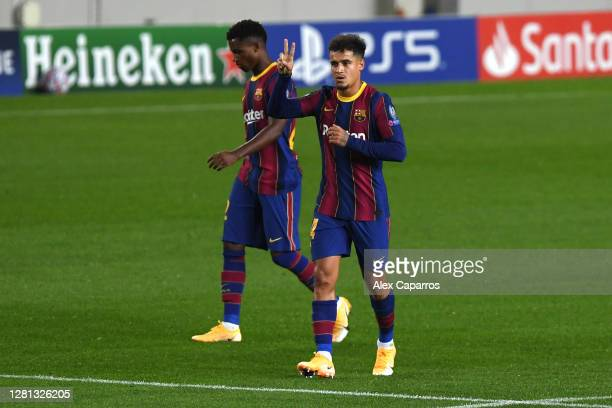 Philippe Coutinho of FC Barcelona celebrates after scoring his sides third goal during the UEFA Champions League Group G stage match between FC...