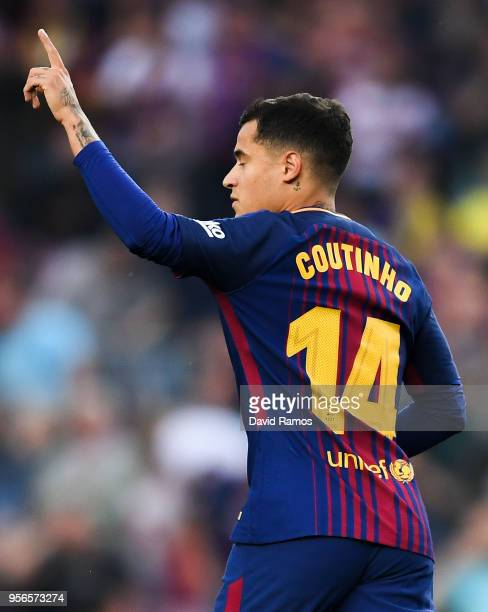 Philippe Coutinho of FC Barcelona celebrates after scoring his team's first goal the La Liga match between Barcelona and Real Madrid at Camp Nou on...