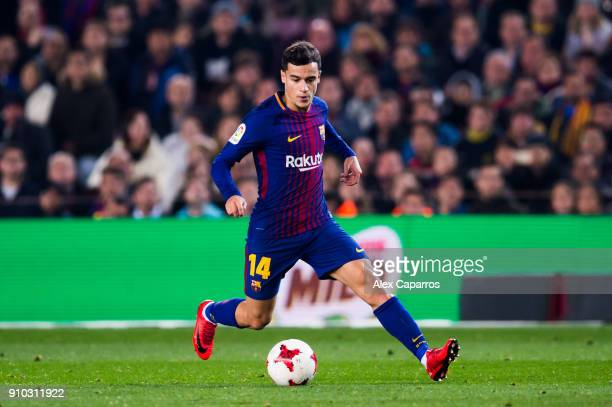Philippe Coutinho of FC Barcelona conducts the ball during the Spanish Copa del Rey Quarter Final Second Leg match between FC Barcelona and RCD...