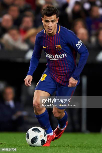 Philippe Coutinho of FC Barcelona in action during the Copa de Rey semifinal second leg match between Valencia and Barcelona on February 8 2018 in...