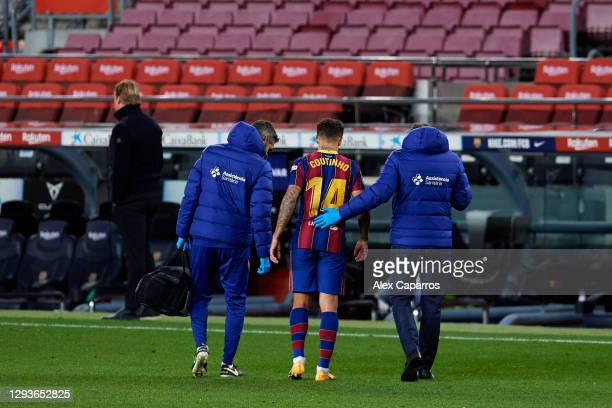 Philippe Coutinho of FC Barcelona leaves the pitch after an injury during the La Liga Santander match between FC Barcelona and SD Eibar at Camp Nou...