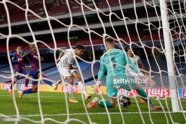 Philippe Coutinho of FC Bayern Munich scores his team's eighth goal past Marc-Andre ter Stegen of FC Barcelona during the UEFA Champions League...