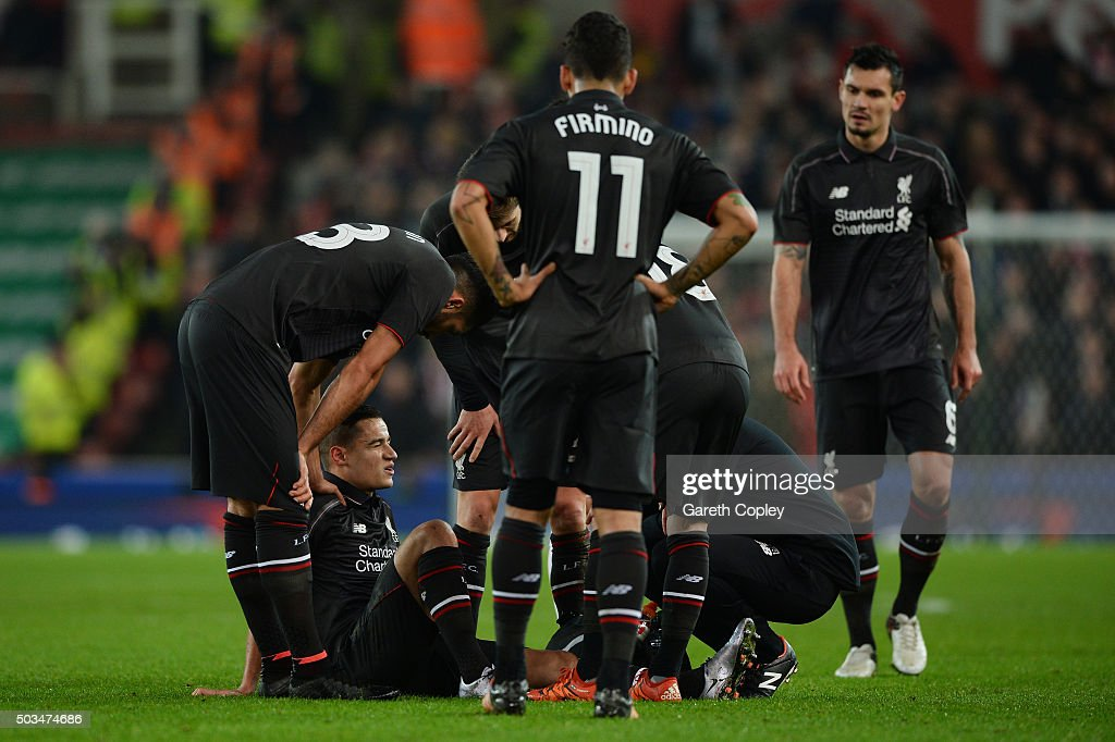 Stoke City v Liverpool - Capital One Cup Semi Final: First Leg : News Photo