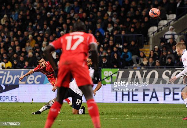 Philippe Coutinho of Liverpool scores the winning goal during the FA Cup Fourth Round Replay match between Bolton Wanderers and Liverpool at Macron...
