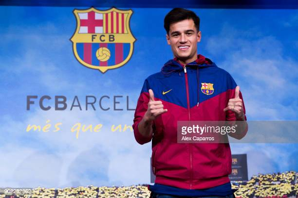 Philippe Coutinho poses prior to signing his new contract with FC Barcelona at Camp Nou on January 7, 2018 in Barcelona, Spain. The Brazilian player...