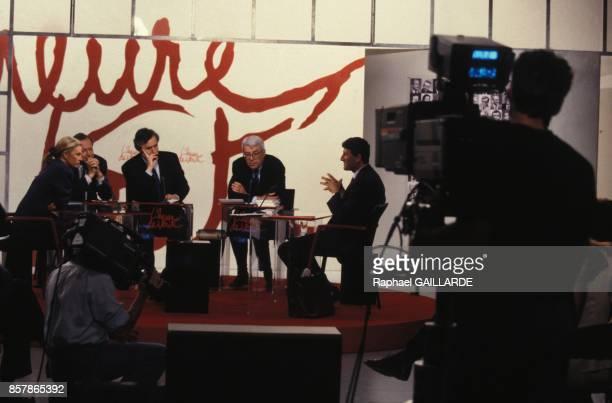 Philippe de Villiers a L'Heure de Verite sur Antenne 2 le 19 mai 1994 a Paris France
