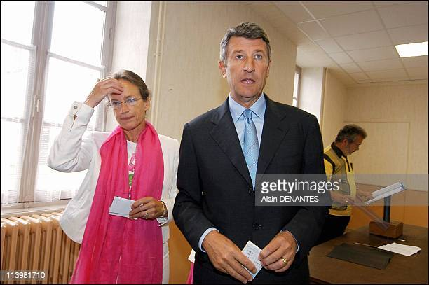 Philippe de Villiers votes in the French Referendum on the European Constitution In Les Herbiers France On May 29 2005Philippe de Villiers and wife