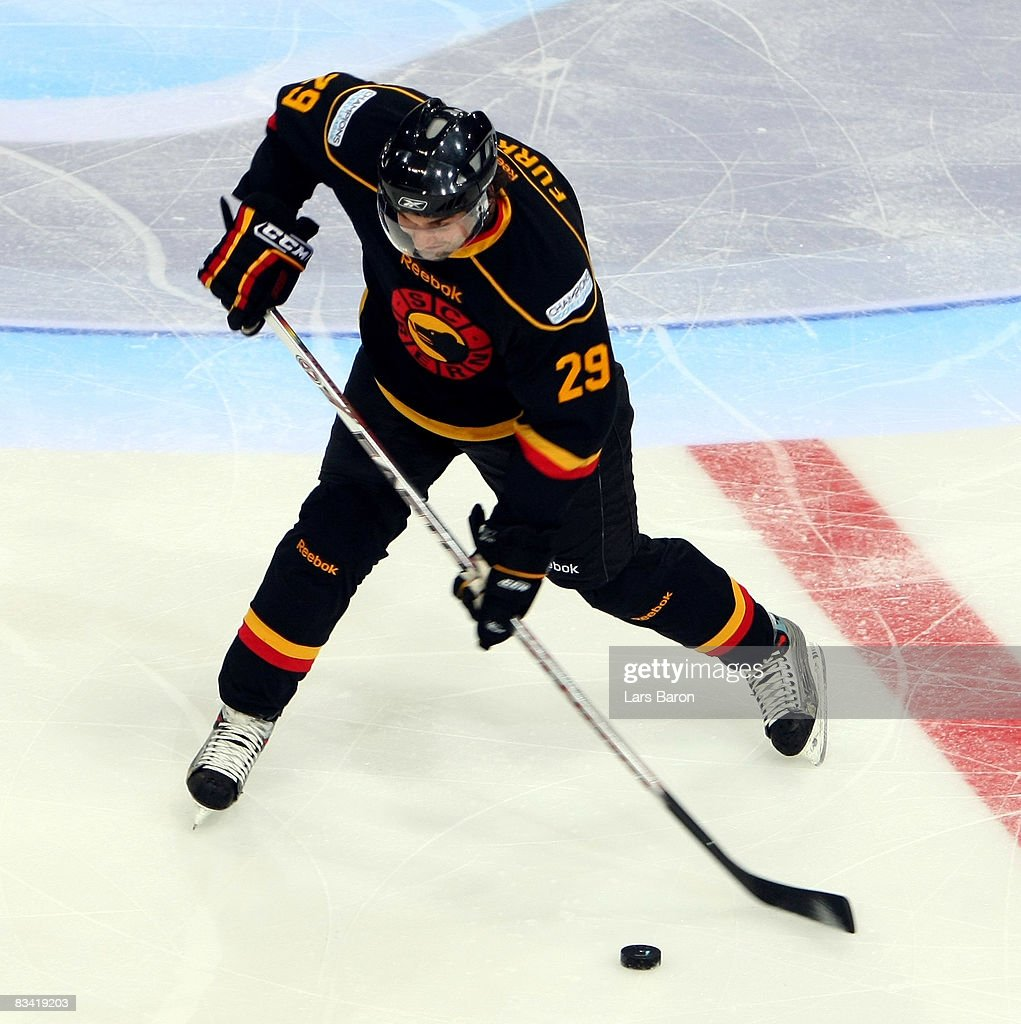SC Bern v Espoo Blues - IIHF Champions Hockey League : ニュース写真