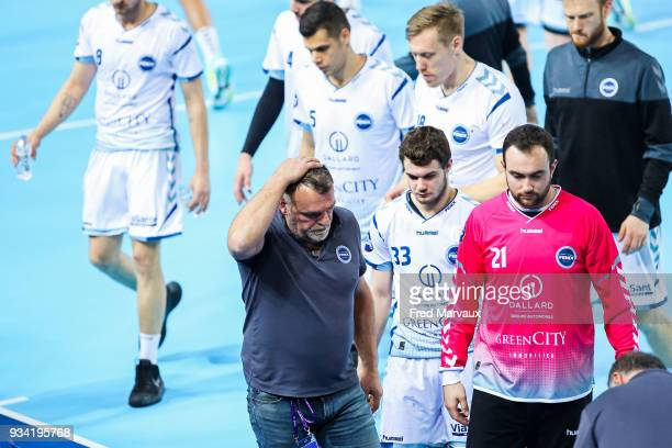 Philippe Gardent head coach of Toulouse looks dejected during the League Cup semi final match between Istres and Toulouse on March 17 2018 in Metz...